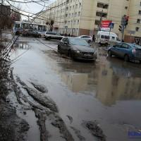 voda_zatopilo_vesnoy_pushkina.jpg